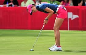 Michelle's Horizonal torso is a real killer on the back but her putts fantastic.