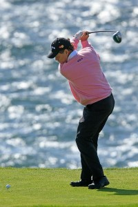 Tom lifts his leading heel to help him get more rotation and power just like a baseball swing.