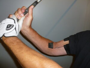 GOLFSTR helps you feel when your trailing arm is bent 90 degrees to force a 90 degree lag in your leading wrist.