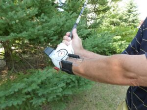 GOLFSTR+ is a training aid that you can feel when you wrist is flat in the backswing.  NO cupping or bowing allowed.  It helped Michael Yu.